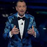 Sanremo 2021, 'impazzisce' il gobbo: l'imbarazzo di Amadeus