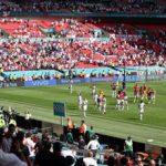 Euro 2020, tifoso cade da spalti a Wembley: è grave