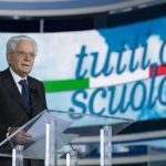 """Covid, Mattarella: """"Scuola è il più potente anti virus"""""""