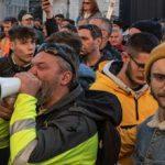 No Green Pass, scontri al porto di Trieste: tre manifestanti feriti lievi