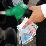 Prezzo benzina, diesel e metano auto oggi: aumento e stangata